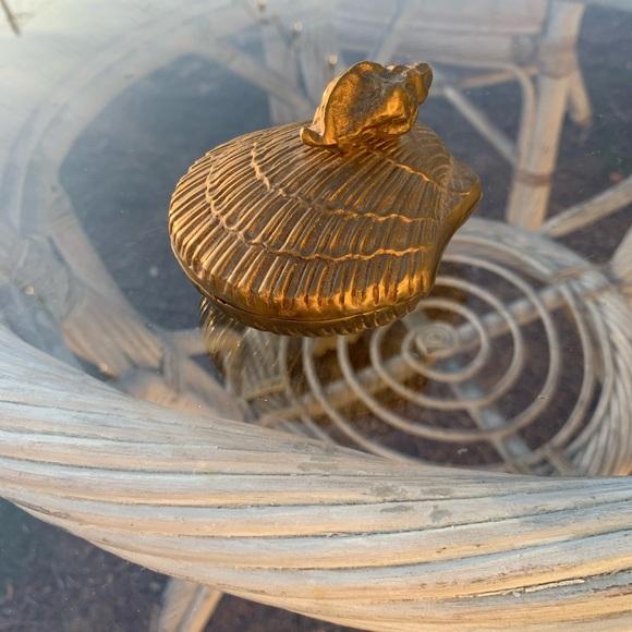 Vintage Gold Tone Metal Seashell Trinket Box